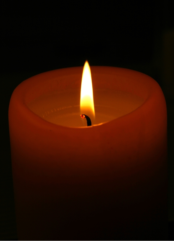 https://ingaphotography.files.wordpress.com/2012/04/096-easter-candle.jpg?w=590&h=819