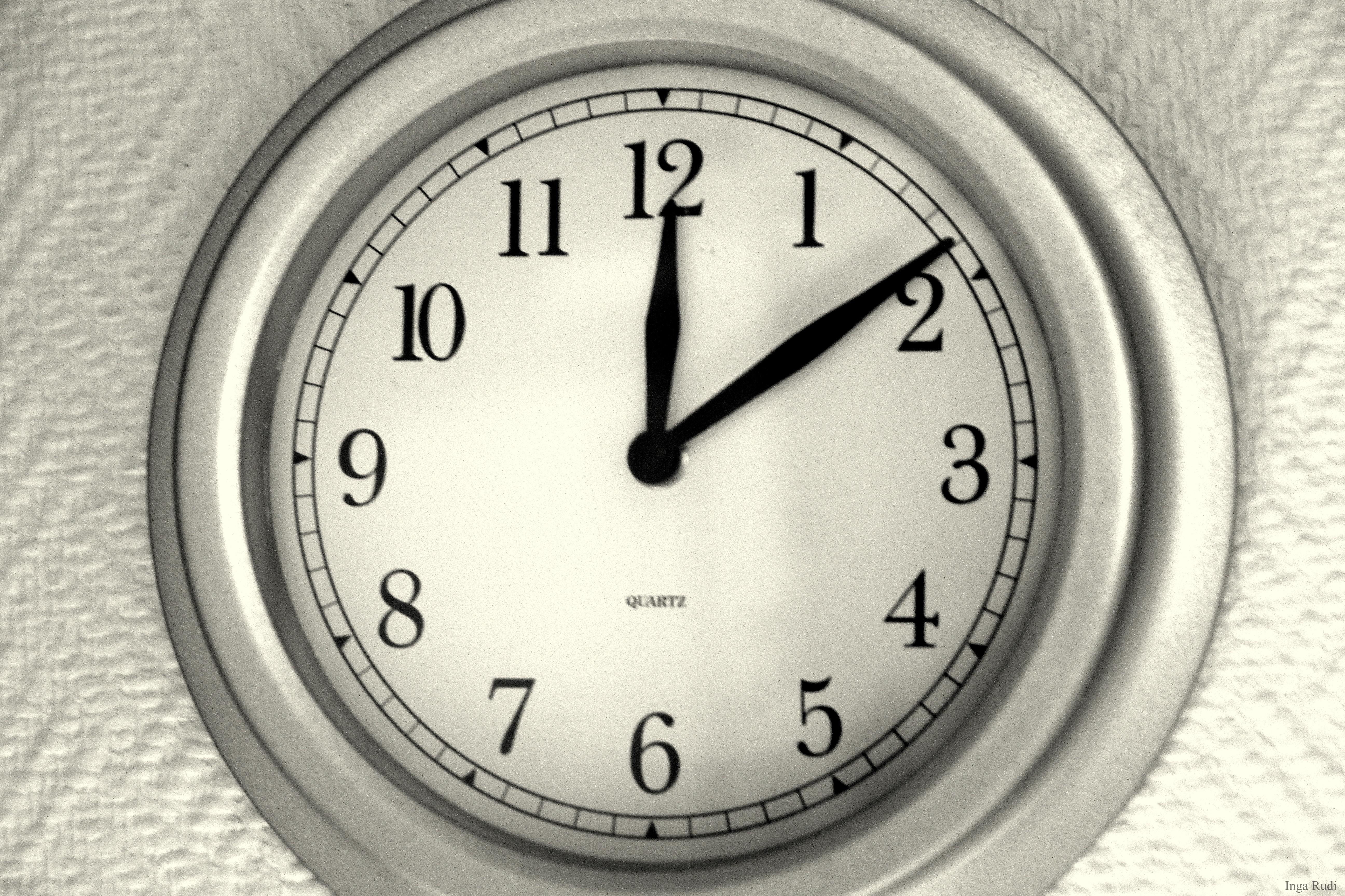 Impressive 132/366 The kitchen clock 5184 x 3456 · 12518 kB · jpeg