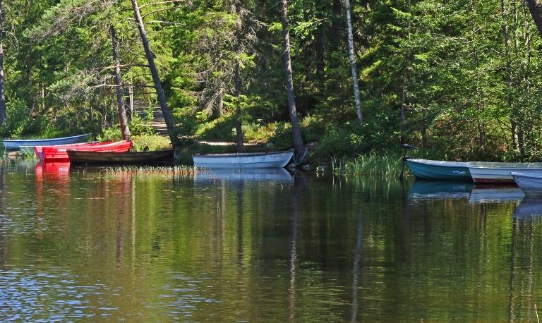 boats by Varsjøen