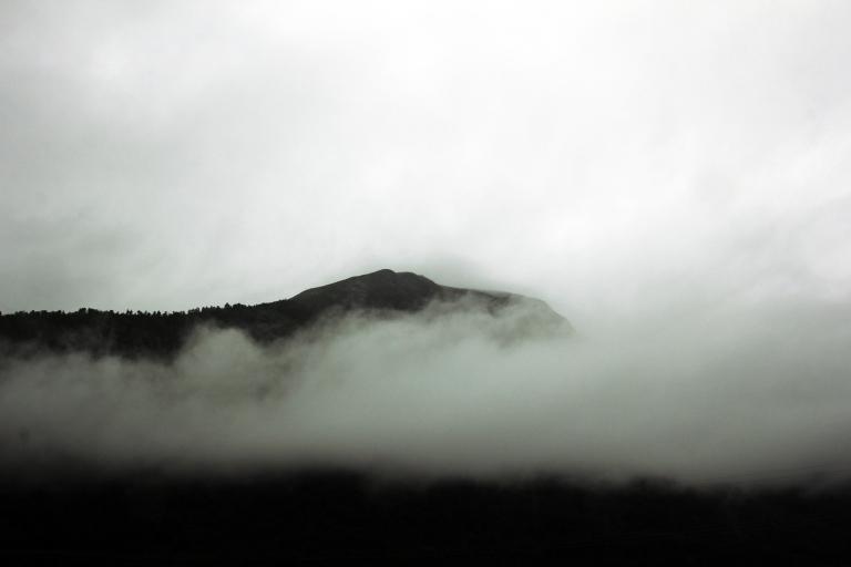 tåke Eresfjord