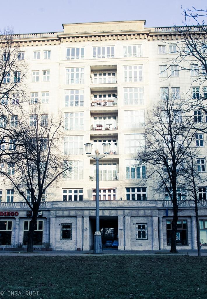 apartment building karl-marx-allee