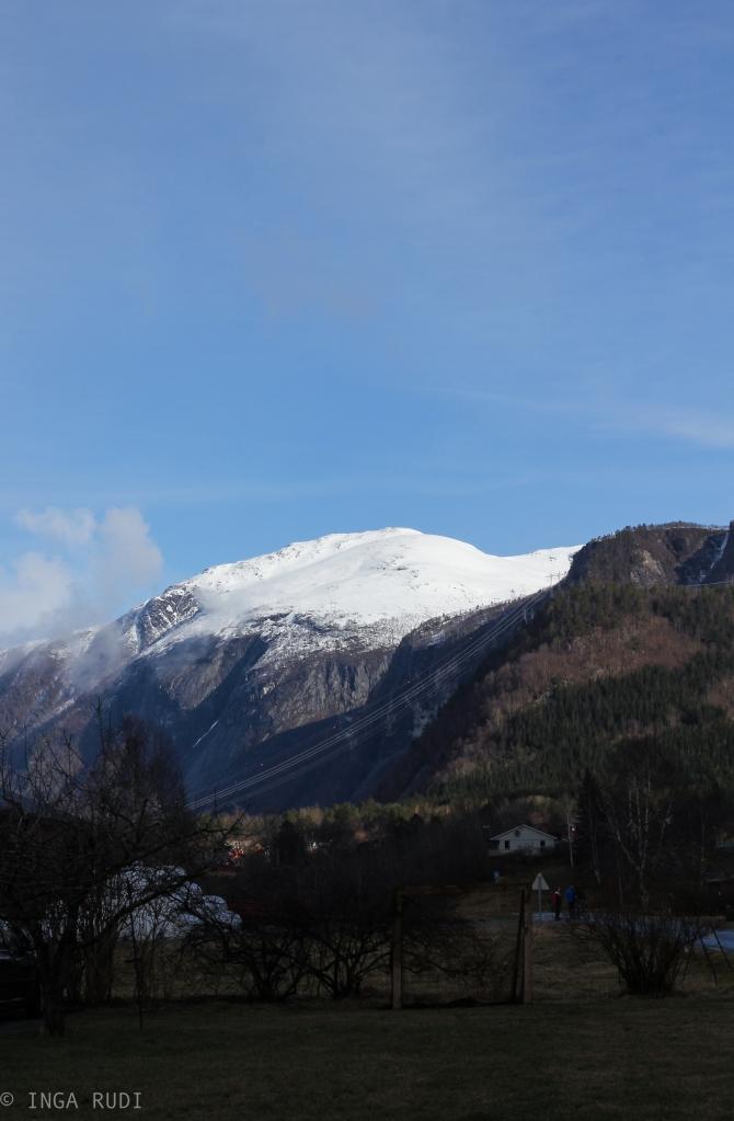 eresfjord mountains easter 1b