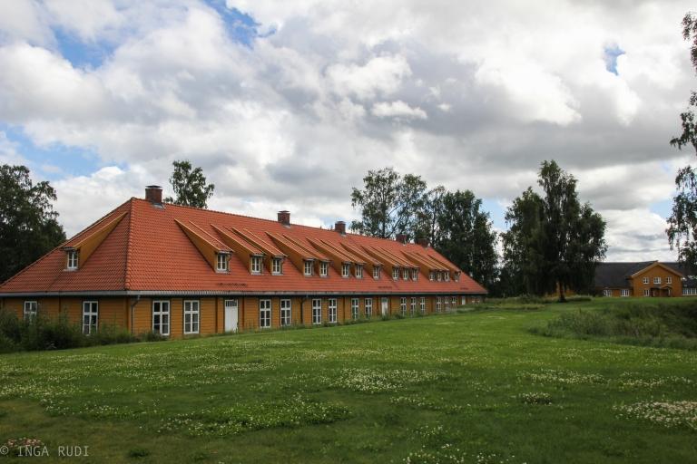commanders housing
