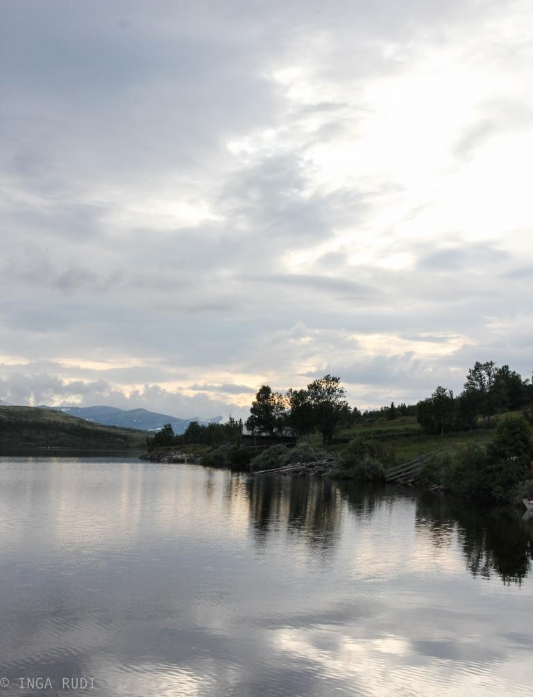 flaksjøen in the evening